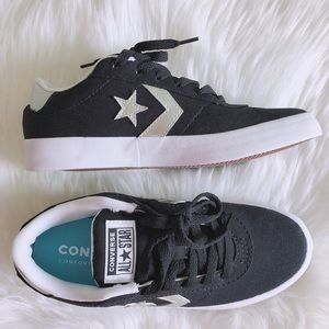 Converse Women's Point Star Shoes Sneakers